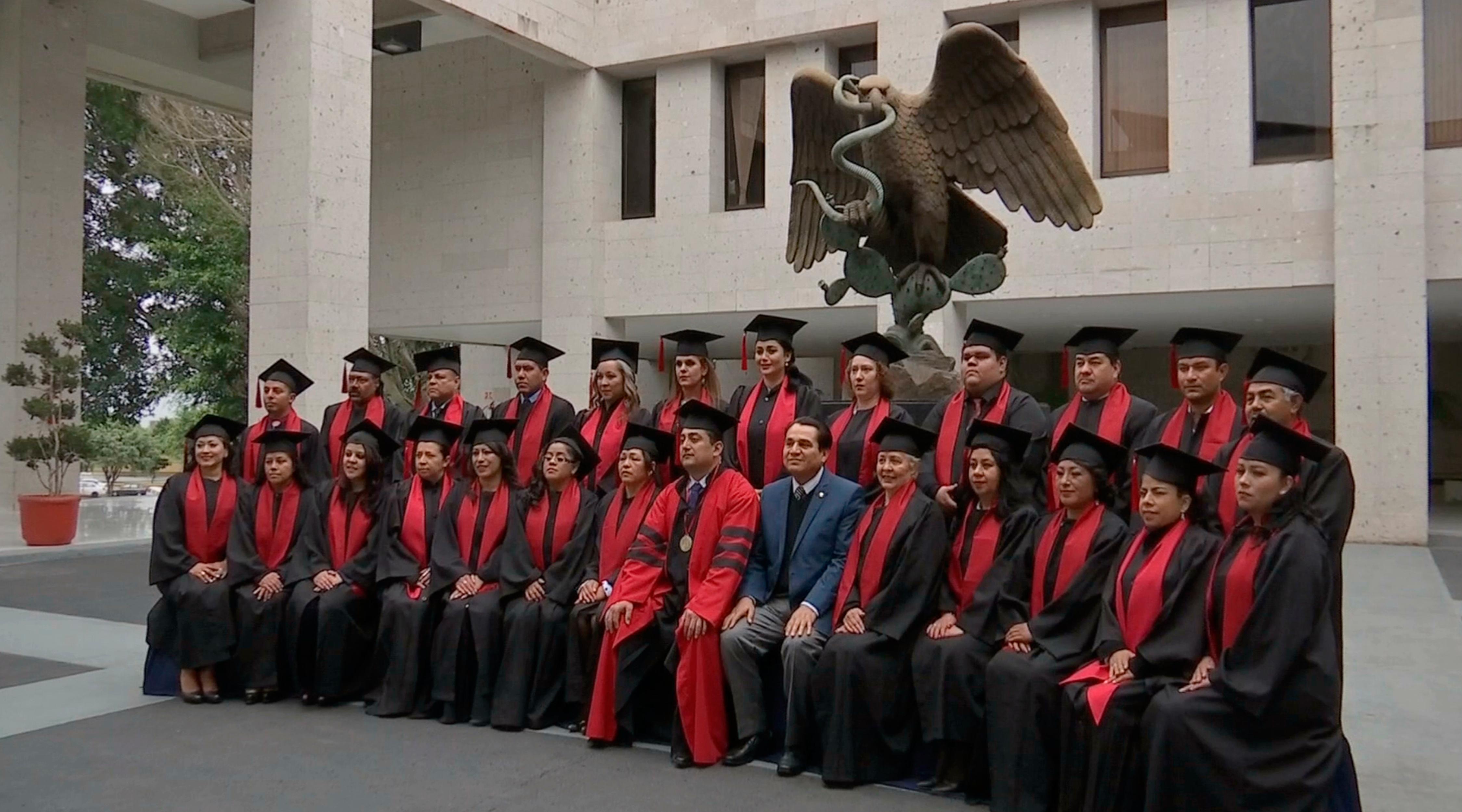 Egresados de la Universidad del Conde