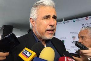 Devolverán facultad a SEP para certificar a médicos: Narro Céspedes